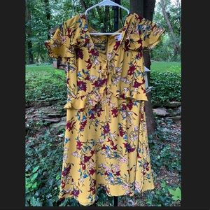 Cute & Stylish Short Sleeve Ladies Floral Dress